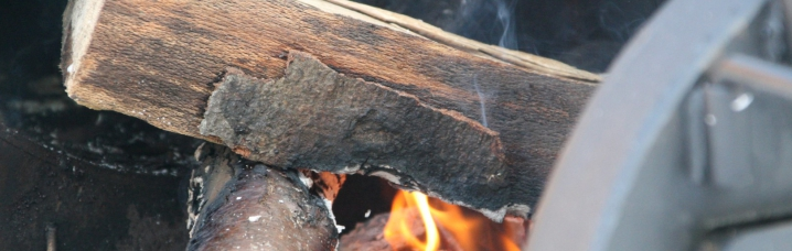 Hout Barbecue